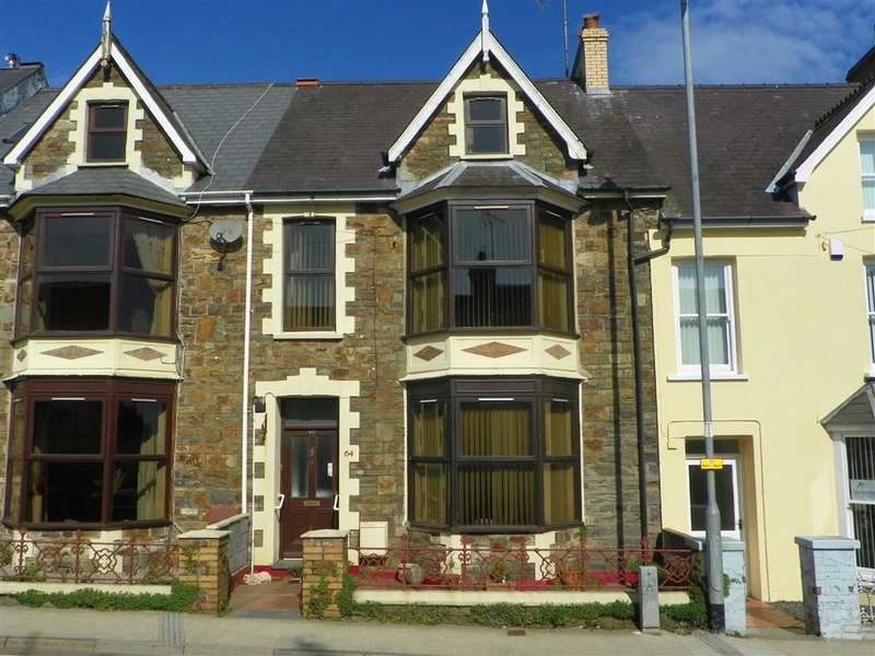 6 Bedrooms Property for sale in High Street, Fishguard