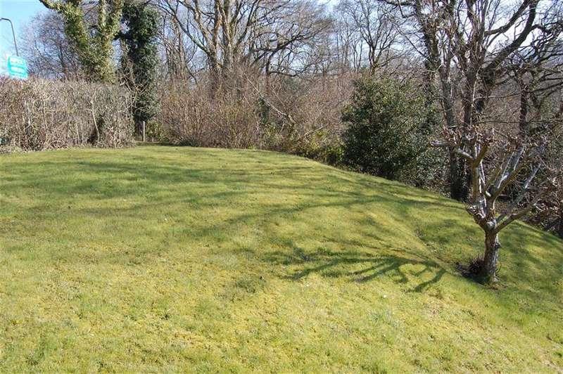 Property for sale in Vale Gardens, Pontypridd, Rhondda Cynon Taff