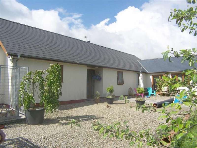 3 Bedrooms Property for sale in Llidiad Nenog, Gwernogle