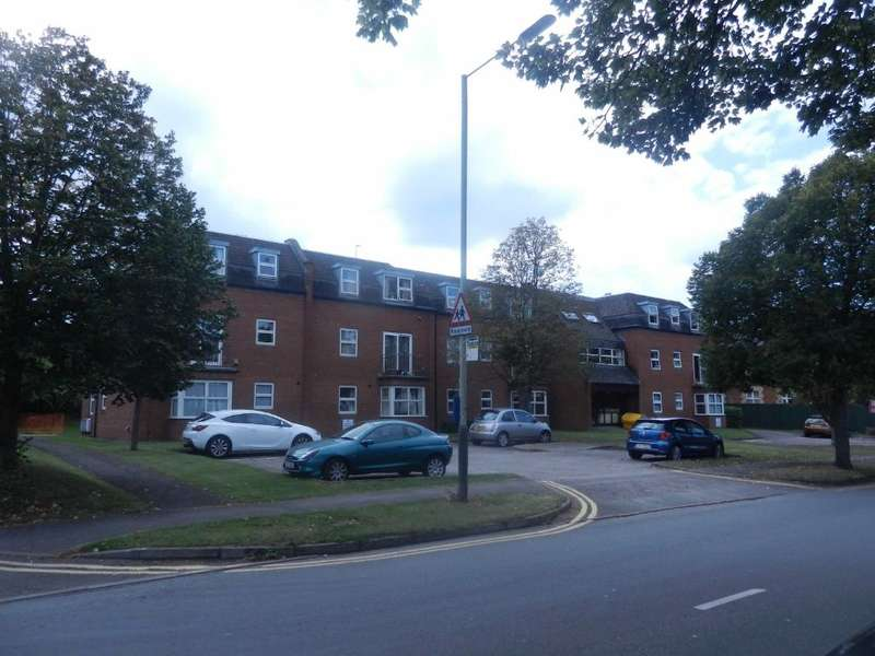 1 Bedroom Retirement Property for sale in James Donovan Court, Hewlett Road, Cheltenham, Gloucestershire, GL52 6UF