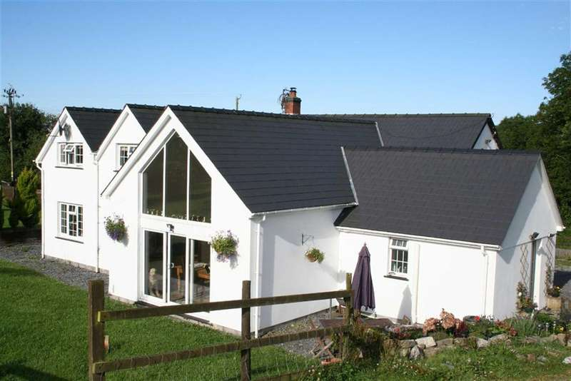 4 Bedrooms Property for sale in Blaenycoed