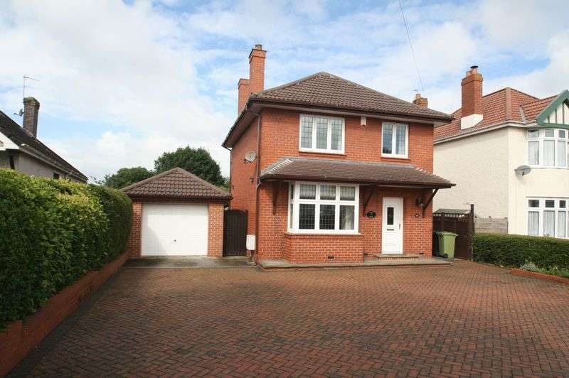 3 Bedrooms Detached House for sale in Wells Road, Whitchurch, Bristol, BS14