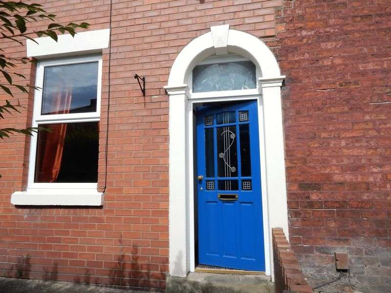 3 Bedrooms Terraced House for sale in Holland Road, Ashton, Preston