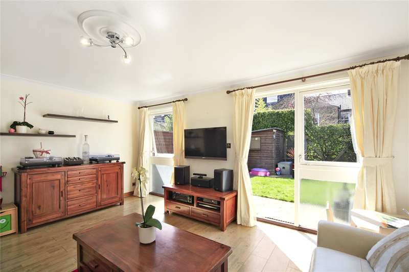 3 Bedrooms Semi Detached House for sale in Gaskarth Road, London, SW12