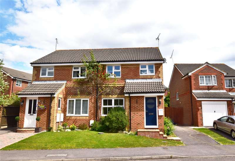 3 Bedrooms Semi Detached House for sale in Walsh Avenue, Warfield, Berkshire, RG42