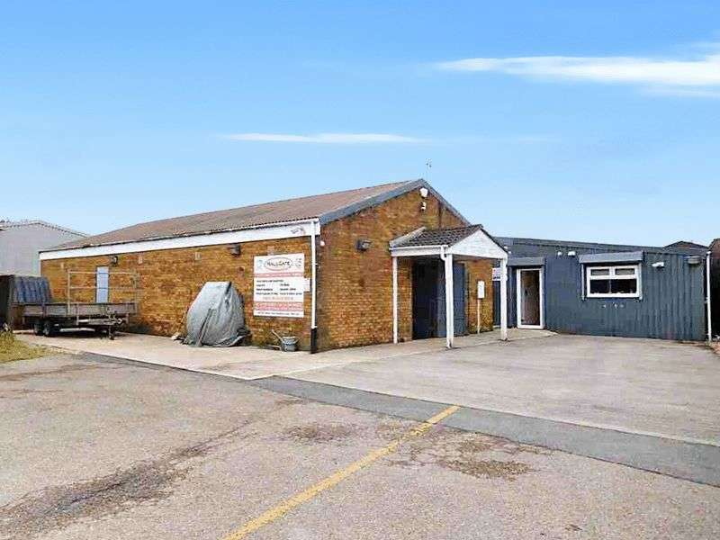 Property for sale in Heather Road, Skegness