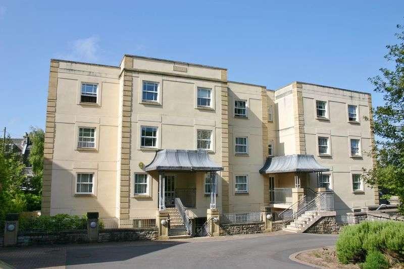 2 Bedrooms Flat for sale in Herbert Road, Clevedon