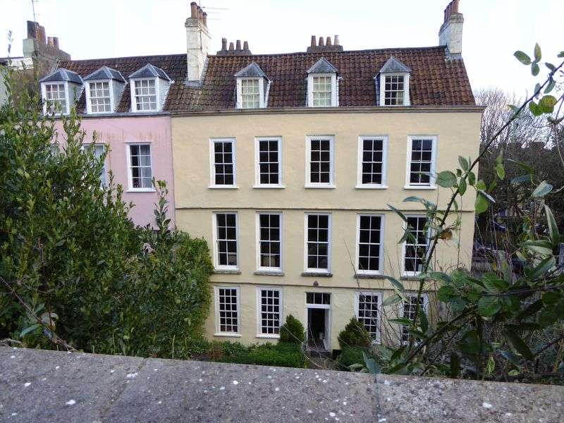 4 Bedrooms House for sale in Clifton