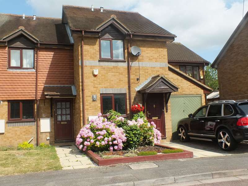 2 Bedrooms Terraced House for sale in Hayes Town, Middlesex
