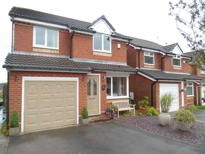 4 Bedrooms Detached House for sale in Sunhill Close, Rochdale