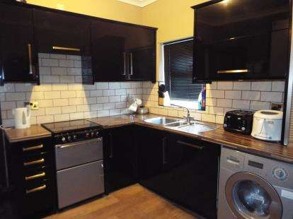 5 Bedrooms Terraced House for sale in Waterloo Road, Stoke-On-Trent, Staffordshire