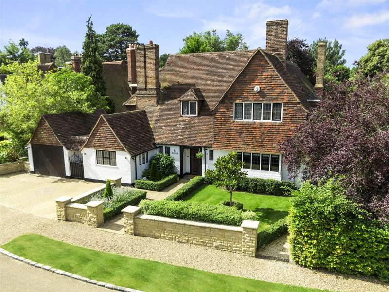 5 Bedrooms Detached House for sale in Clive Road, Esher, Surrey, KT10