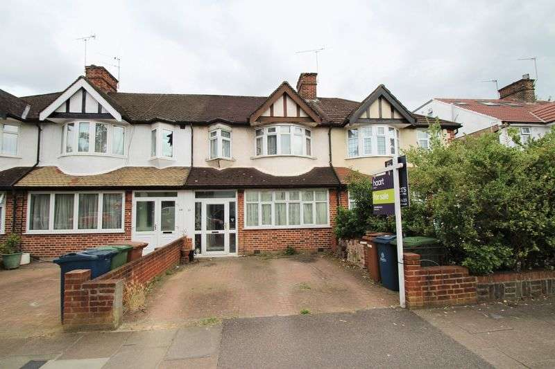 3 Bedrooms Terraced House for sale in Rickmansworth Road, Pinner
