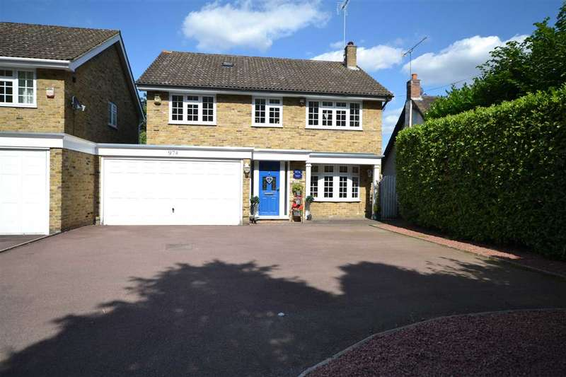 4 Bedrooms Link Detached House for sale in Ingrave Road, Brentwood