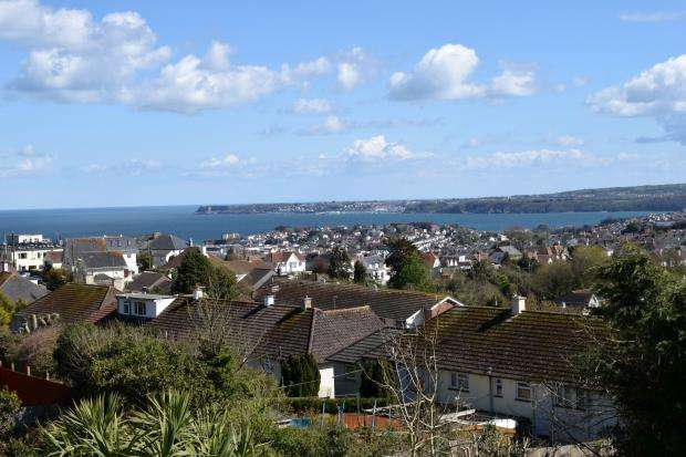 3 Bedrooms Semi Detached House for sale in Pines Road, Paignton, Devon