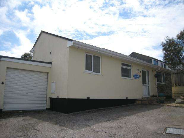 2 Bedrooms Detached Bungalow for sale in Linden Avenue, Newquay, Cornwall