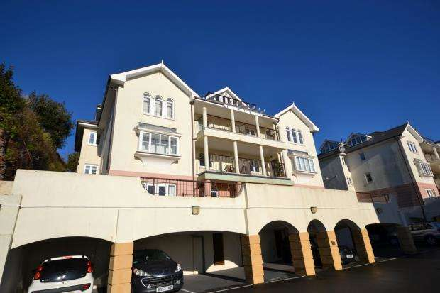 2 Bedrooms Flat for sale in Bosuns Point, Alta Vista Road, Paignton, Devon