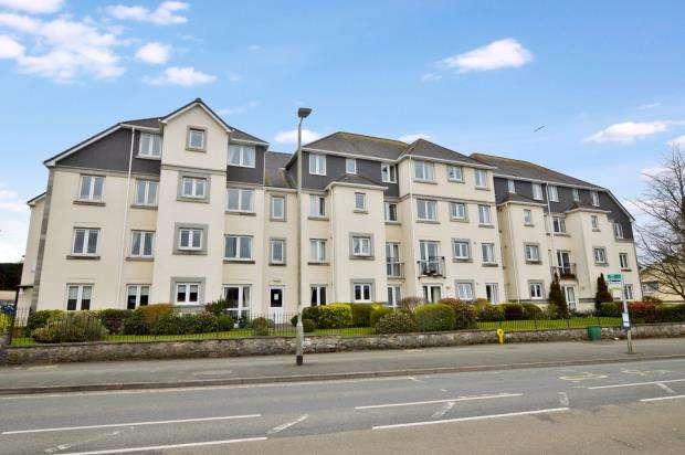 1 Bedroom Flat for sale in Horn Cross Road, Plymstock, Plymouth, Devon