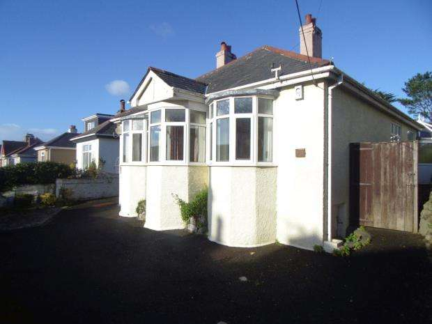 3 Bedrooms Detached Bungalow for sale in St Stephens Road, Saltash, Cornwall