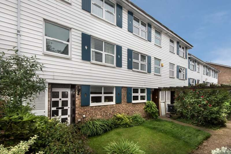 4 Bedrooms House for sale in Berystede, Kingston upon Thames KT2