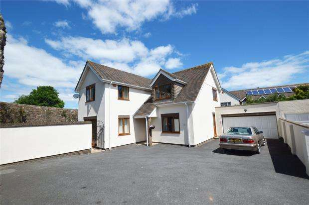 4 Bedrooms Detached House for sale in Summer Lane, Brixham, Devon