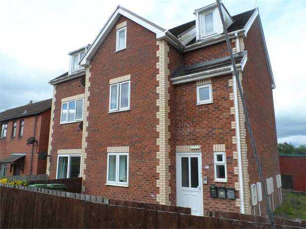 1 Bedroom Flat for sale in Commercial Street Aberbargoed, Aberbargoed, BARGOED, Caerphilly