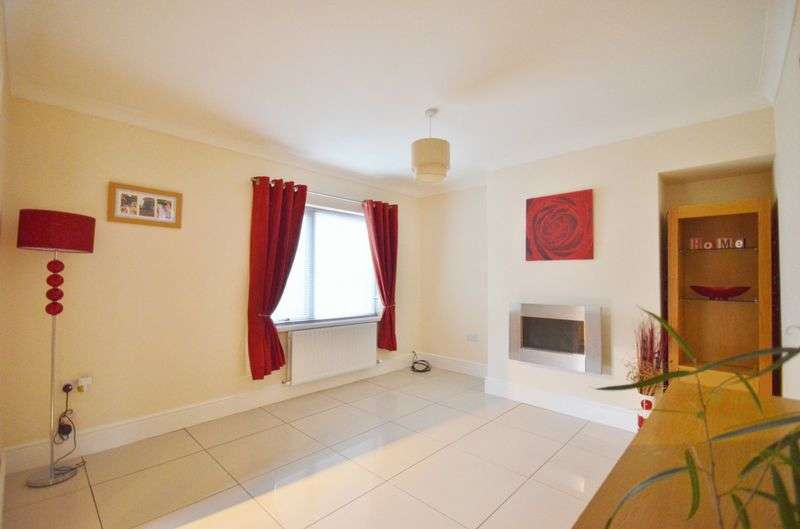 2 Bedrooms Semi Detached House for sale in Cragg Road, Cleator Moor