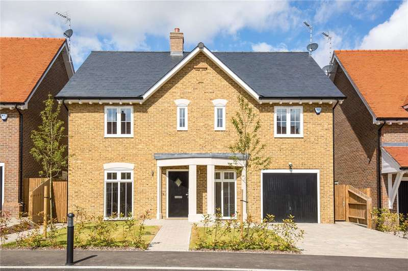 5 Bedrooms Detached House for sale in The Foxglove, Bentley Place, Bentley Heath, Barnet, EN5