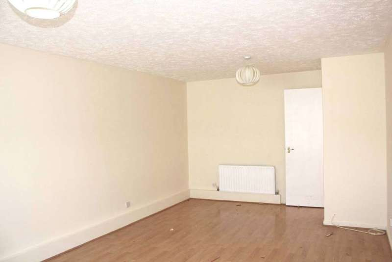 2 Bedrooms Apartment Flat for sale in Constable Court, Stubbs Drive, Surrey Quays, SE16 3EG