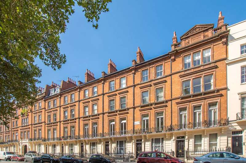 2 Bedrooms Flat for sale in Colosseum Terrace, Regent's Park, NW1