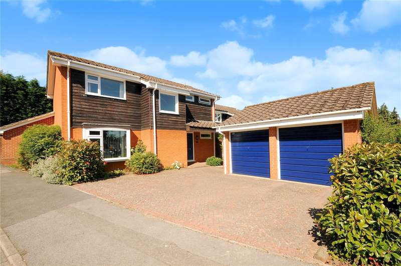 4 Bedrooms Detached House for sale in Emmets Park, Binfield, Berkshire, RG42