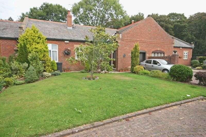 3 Bedrooms Property for sale in Barnfield Manor, Lodge Lane, Singleton, Poulton-Le-Fylde