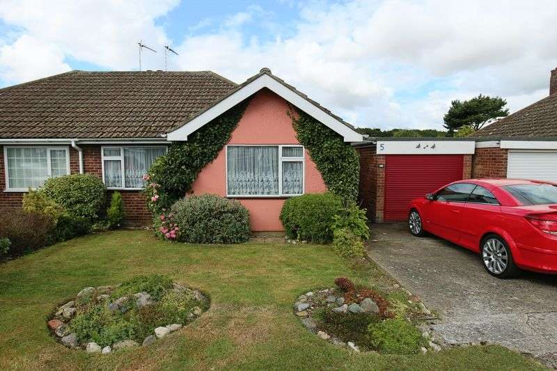 2 Bedrooms Bungalow for sale in Gladstone Road, Lowestoft