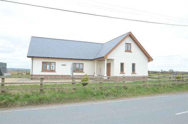 3 Bedrooms Detached Bungalow for sale in Pen Esgair, Blaenwaun, Whitland, Carmarthenshire