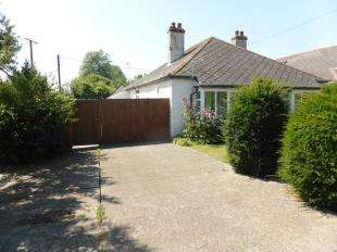 3 Bedrooms Bungalow for sale in Jefferstone Lane, St. Marys Bay, Romney Marsh, Kent