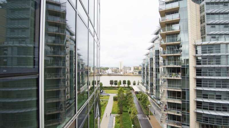 2 Bedrooms Apartment Flat for sale in The Pinnacle Tower, Battersea Reach SW18