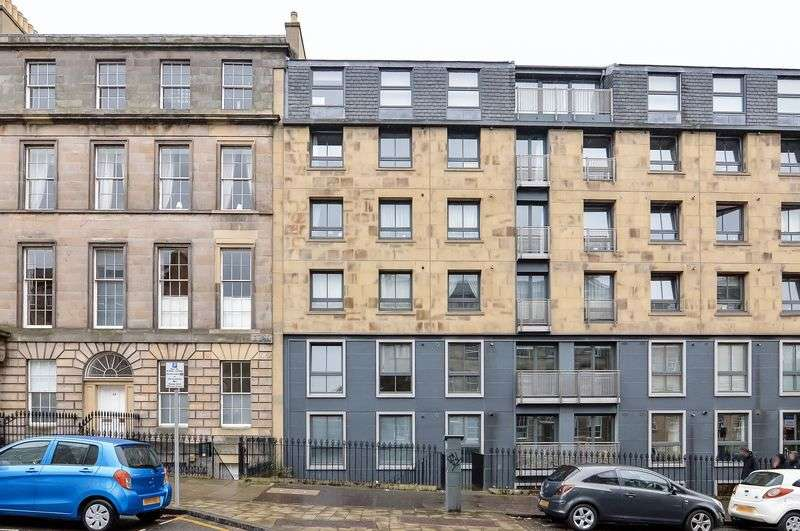 2 Bedrooms Flat for sale in 19/1 Annandale Street, Bellevue, Edinburgh, EH7 4AW