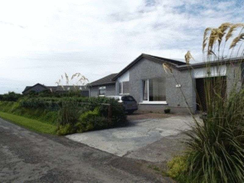 4 Bedrooms Detached Bungalow for sale in Easterville, Hunclett Road, Holm, Orkney