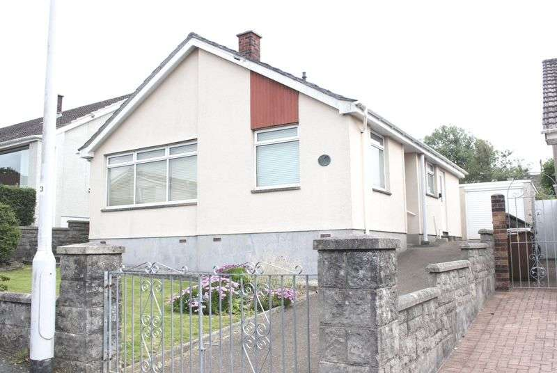 3 Bedrooms Detached Bungalow for sale in Yeomans Way, New Park, Plympton, Plymouth