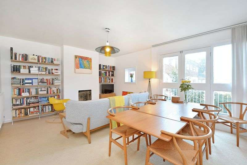 3 Bedrooms Flat for sale in Rutland Road, London