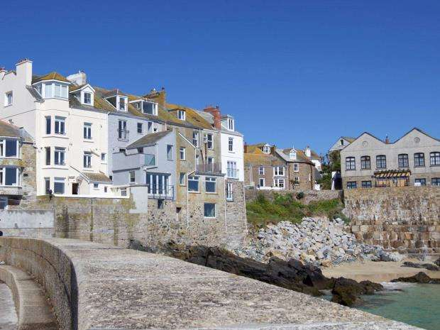 3 Bedrooms Flat for sale in Sea View Place, St Ives, Cornwall