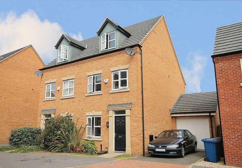 3 Bedrooms Semi Detached House for sale in Leven Road, Wilnecote, Tamworth, B77 2TX