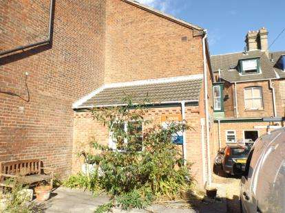 2 Bedrooms Maisonette Flat for sale in Cromer, Norfolk