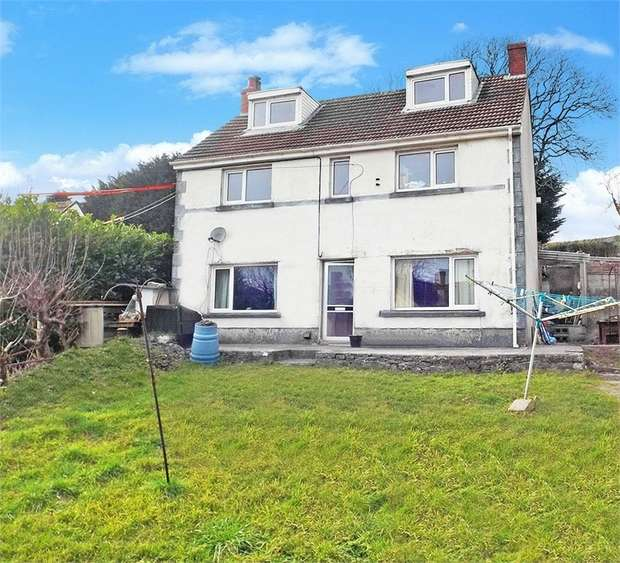 3 Bedrooms Detached House for sale in Pendine, Carmarthen