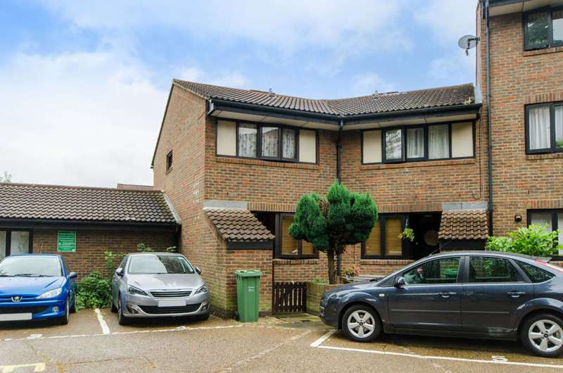 3 Bedrooms House for sale in Brassey Road, West Hampstead, NW6