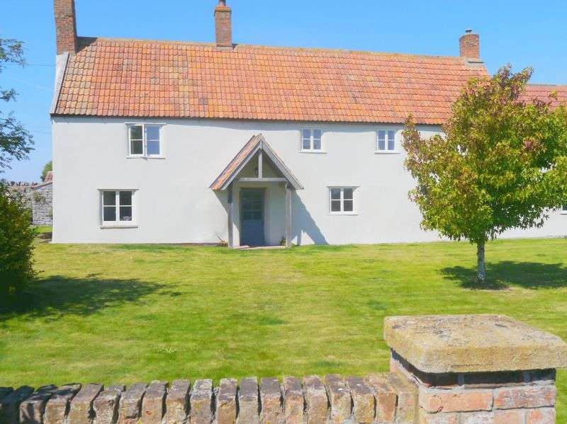 3 Bedrooms Semi Detached House for sale in Wick Road, Wick St Lawrence