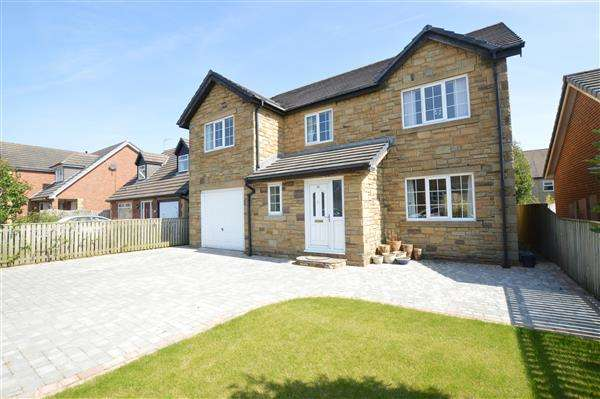 5 Bedrooms Detached House for sale in South Acre, Oakenshaw, Crook