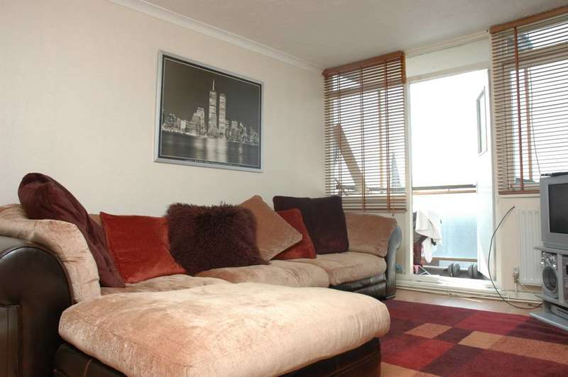 1 Bedroom Flat for sale in Shaftesbury Court, Islington, N1