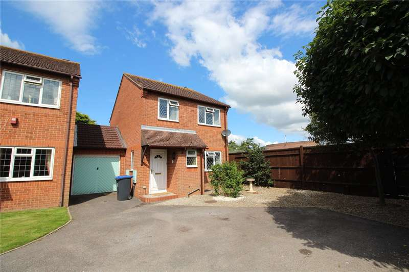 3 Bedrooms Link Detached House for sale in Glebeside Close, Tarring, Worthing, BN14