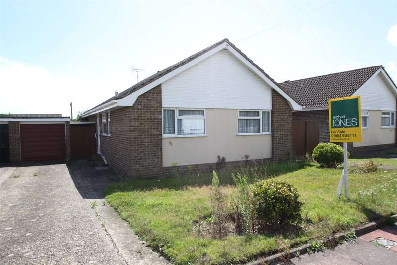2 Bedrooms Bungalow for sale in Adur Avenue, Durrington, Worthing, BN13